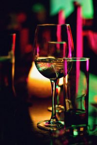 party planning wine glass rental