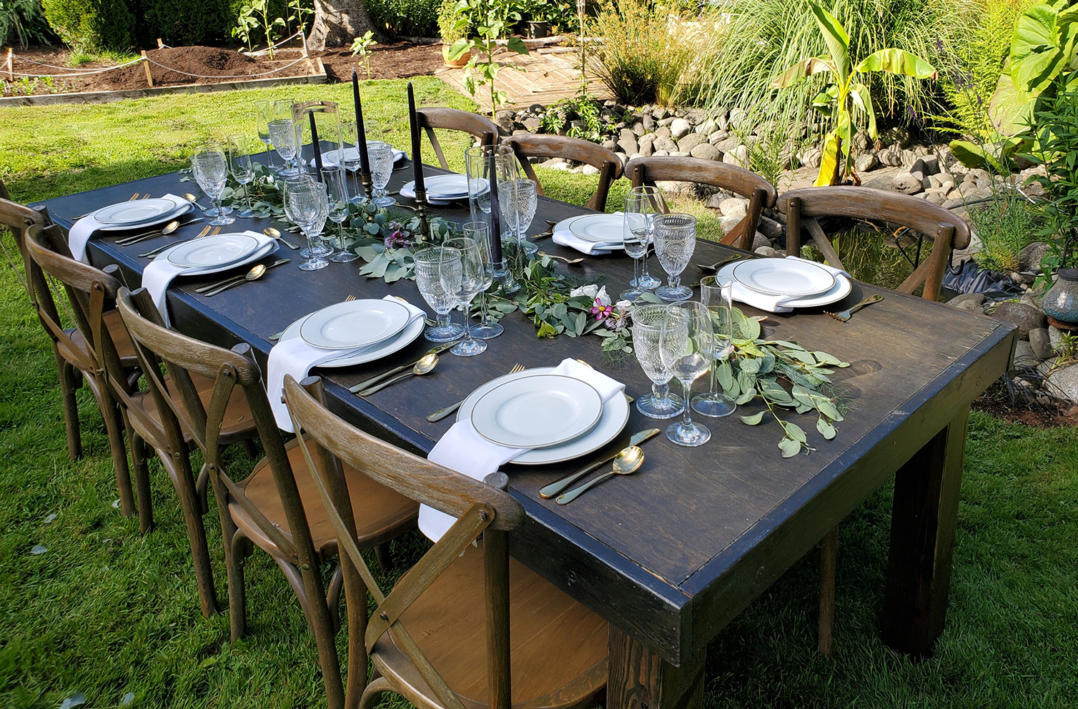 Incorporating A Harvest Table For Your Backyard BBQ Or Cocktail Party